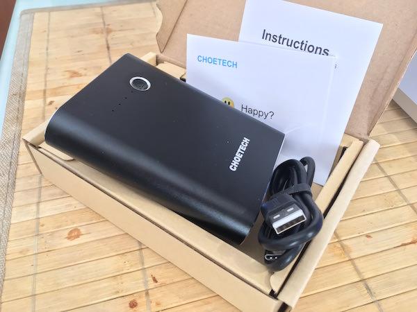 confezione batteria choetech 10400mAh quick charge