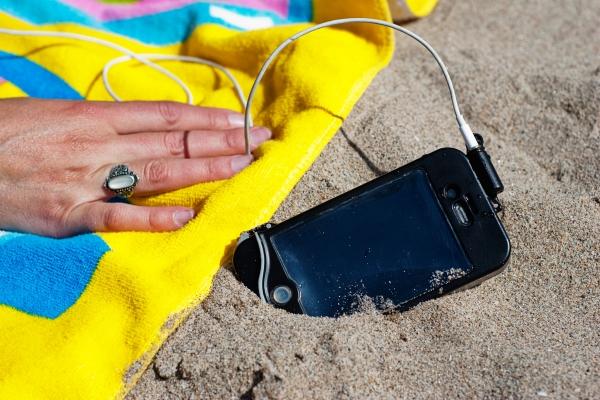 scuba suit progette l'iphone dall'acqua al mare o in piscina