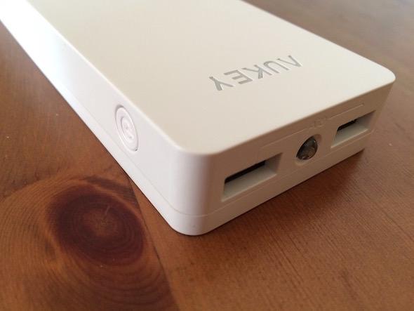 batteria aukey 12000 mah pb n28