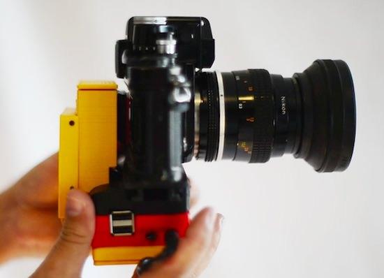 fotocamera analogica diventa digitale