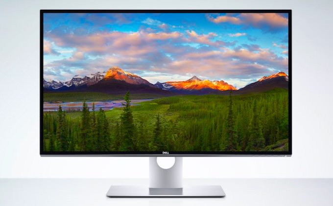 primo monitor 8K Dell UP3218K