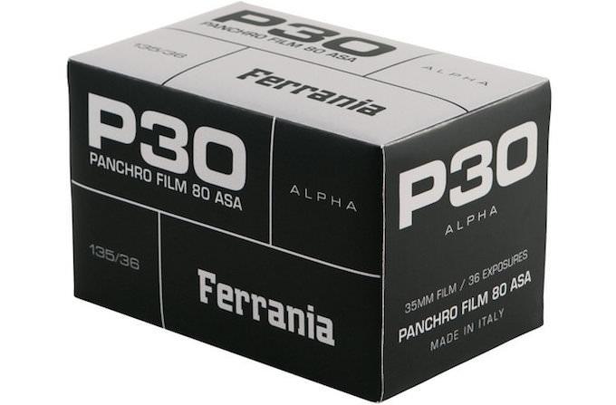 film ferrania p30 nuova pellicola bianco e nero 35mm