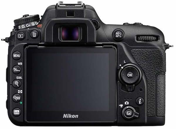 display Nikon D7500