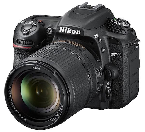 macchina fotografica Nikon D7500