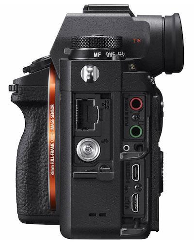 porte connessioni mirrorless Sony A9