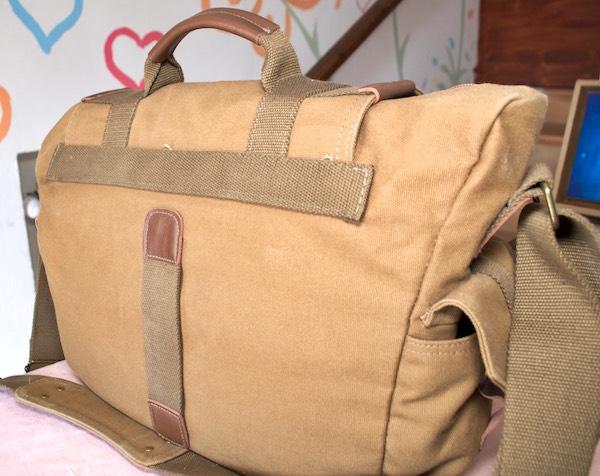 maniglia posteriore borsa tracolla messenger evecase